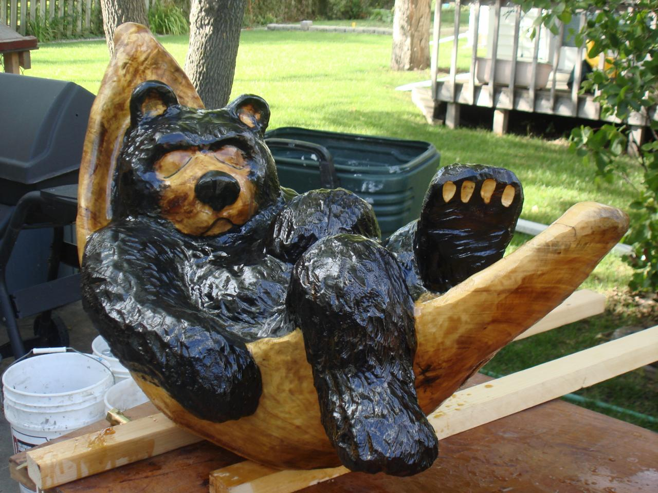 Jay ray s chainsaw carving bears