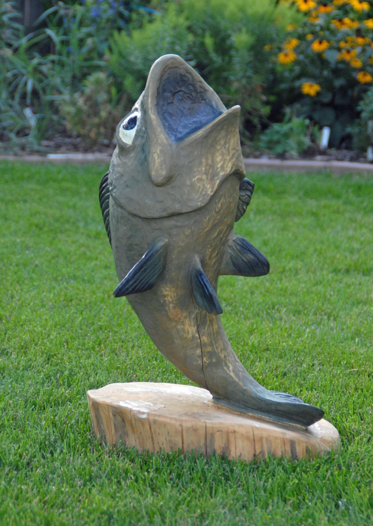 Large Image For Asclepias Incarnata Swamp Milkweed: Jay Ray's Chainsaw Carving